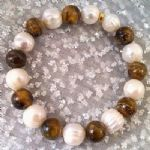 pearl and tiger-eye bracelet